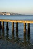 Widok Lisbon przy zmierzchem od mola na Tagus rzece, Portugalia Obrazy Stock