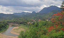 Widok Luang Prabang od Phousi góry Zdjęcia Royalty Free