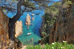 Widok mały wpust blisko Sagaro w Costa Brava, Hiszpania zdjęcia royalty free