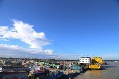 Widok Mawa promu Terminal obok Padma Dhaka rzecznego okręgu Bangladesz Obrazy Royalty Free