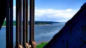 Widok metal struktura i brzeg St Lawrance rzeka zdjęcia stock
