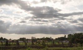 Widok miasteczko w Å›rodkowym Panam podczas zmierzchu z s zdjęcie royalty free