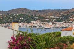 Widok miasteczko w morzu śródziemnomorskim Zdjęcia Stock