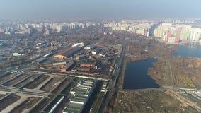 Widok miasto i roślina od powietrza zbiory wideo