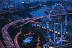 Widok miasto od dachowego Marina zatoki hotelu na Singapur Zdjęcia Stock