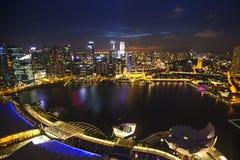 Widok miasto od dachowego Marina zatoki hotelu na Singapur Zdjęcia Royalty Free