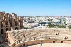Widok miasto od ruin antyczny kolosseum fotografia stock