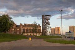 Widok mineshaft w Katowickim mieście Polska fotografia stock