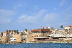 Widok morze antyczny miasto Izrael - akr Zdjęcia Royalty Free