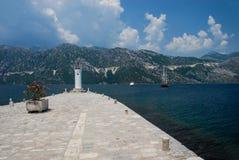 Widok morze, góry i naviagation, zaświecamy od Gospa mnie obrazy royalty free