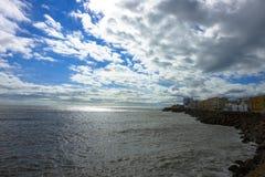 Widok morze z chmurami przy Cadiz, Hiszpania w Andalusia Campo Del Sura obraz stock