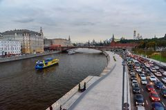 Widok Moskvoretskaya Moskwa i bulwaru rzeka od Zaryadye parka moscow Rosja Zdjęcia Royalty Free