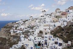 Widok na architekturze przy clif przy Santorini Zdjęcie Royalty Free