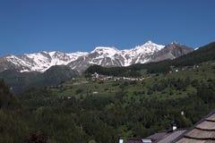 Widok na górskiej wiosce obrazy stock