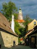 Widok na kasztelu i czerwieni dachach w Cesky Krumlov Zdjęcia Royalty Free