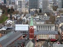 Widok na kościół w Frankfurt magistrala w Germany - Am - fotografia royalty free