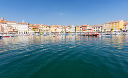 Widok na kolorowym budynku w schronieniu w Rovinj, Istria, Chorwacja Fotografia Royalty Free