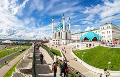 Widok na Kula Sharif meczecie w Kazan Kremlin obrazy royalty free