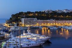 Widok na Monte, Carlo w Monaco w wieczór - Zdjęcie Stock