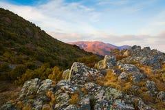 Widok na Montseny masywie od skalistej placówki zdjęcia stock