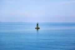 Widok na oceanie z bakanem - seamark po środku fra obraz royalty free