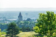 Widok na Perchtoldsdorf od Wiedeń drewna wzgórzy fotografia royalty free
