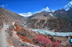 Widok na pięknym halnym Ama Dablam, Everest region obrazy royalty free