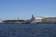 Widok na Strelka Vasilievsky wyspa Obrazy Royalty Free