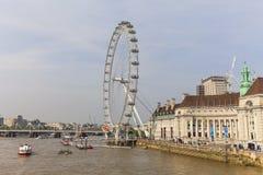 Widok na Thames rzece i Londyńskim oku, Londyn, Zjednoczone Królestwo Fotografia Royalty Free