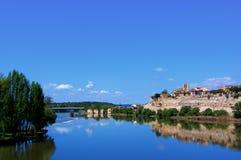 Widok na Zamora od Rzecznego Douro Zdjęcia Royalty Free