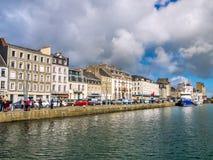Widok nabrzeżny miasto cherbourg schronienie, Francja Zdjęcia Royalty Free