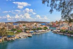 Widok nad Agios Nikolaos schronieniem, Crete Zdjęcia Royalty Free