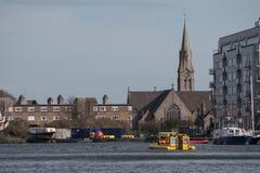 Widok nad Grand Canal dokiem w Dublin, Irlandia zdjęcie royalty free