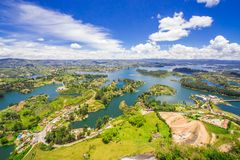 Widok nad Guatepe rezerwuarem, Antioquia, Kolumbia Zdjęcia Stock