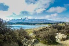Widok nad Jeziornym Tekapo, Południowa wyspa Nowa Zelandia fotografia stock