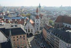 Widok nad Marienplatz od wierzchołka urząd miasta Zdjęcia Royalty Free