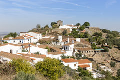 Widok nad Monsaraz miasteczkiem, Ã ‰ vora okręg, Portugalia Fotografia Royalty Free