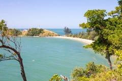 Widok nad plażą i ligthouse Fotografia Stock
