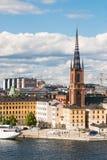 Widok nad Riddarholmen kościół w Sztokholm i wyspą, Szwecja Fotografia Stock