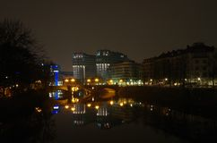 Widok nad rzecznym bomblowaniem w Berlin Obrazy Stock