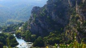 Widok nad spokojną doliną Roski siklawa przy Krka parkiem narodowym, Chorwacja zdjęcia royalty free
