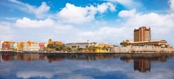 Widok nad Willemstad, Curacao - Zdjęcie Stock