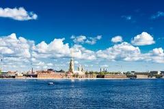 Widok Neva rzeka St Petersburg zdjęcie stock