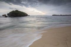 Widok Ngandong plaża, Gunung kidul Zdjęcie Stock