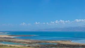 Widok Nieżywy morze od Izrael góry w Jordania Obrazy Stock