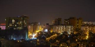 Widok nocy miasto Domy, nocy światła Tło Zdjęcia Royalty Free