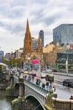 Widok od above na ruchu drogowym na Princess moscie z Melbourne CBD Obraz Royalty Free