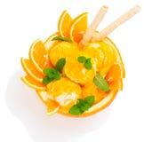 Widok od above pomarańczowy lody z opłatkowymi kijami Fotografia Stock