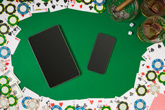Widok od above z kopii przestrzenią Sztandaru szablonu układu mockup dla onlinego kasyna Zielony stół, odgórny widok na miejscu p royalty ilustracja