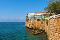 Widok od Antalya Marina, Turcja Kr?tkop?d w Lipu 2018 obraz royalty free